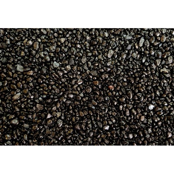 KWARC BARWIONY CZARNY 2-4 mm  0,5 kg